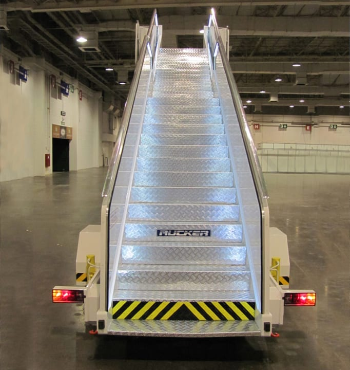 Self-Propelled Passenger Stairs