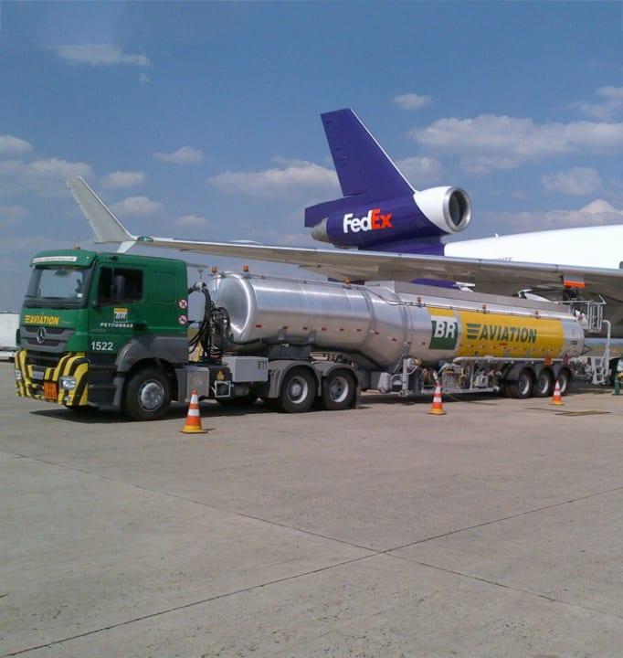 Aircraft Refueller