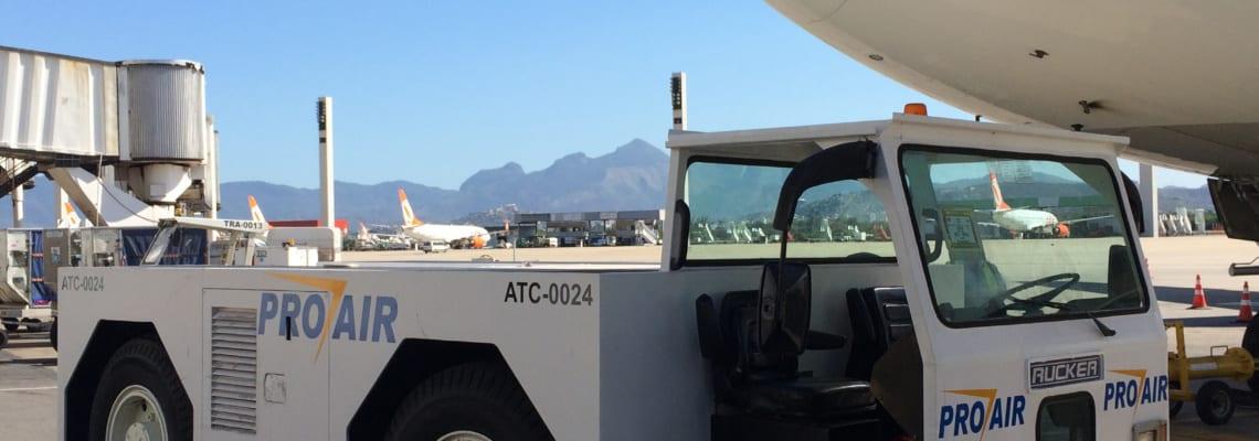 Aircraft Towbarless Tractors 4206