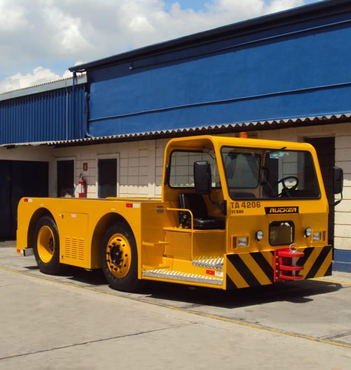 Aircraft Towbarless Tractor